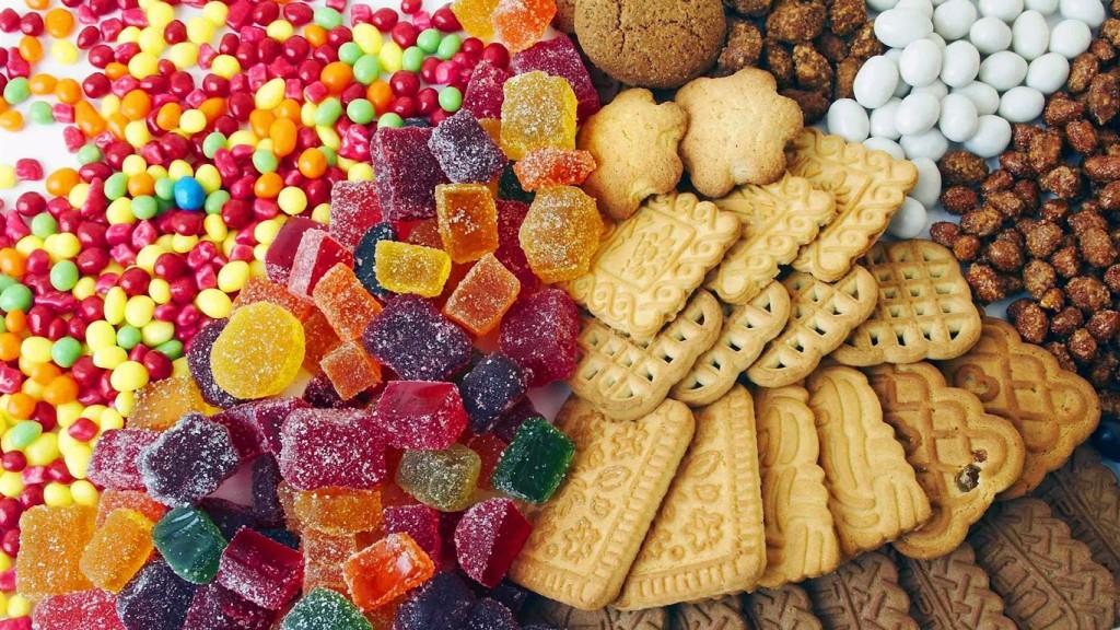 Alimentos com muito açúcar.