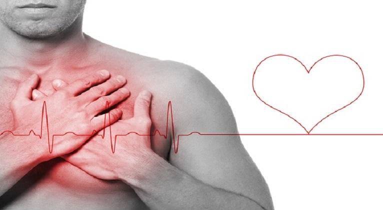 Dor no peito, um dos sintomas de infarto mais conhecido de todos.