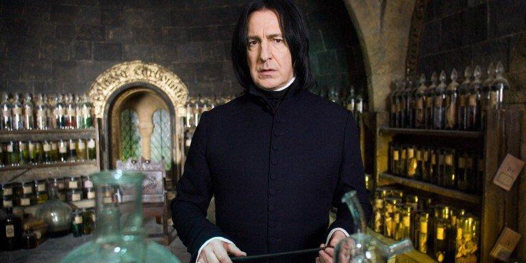 Alan Rickman como Snape