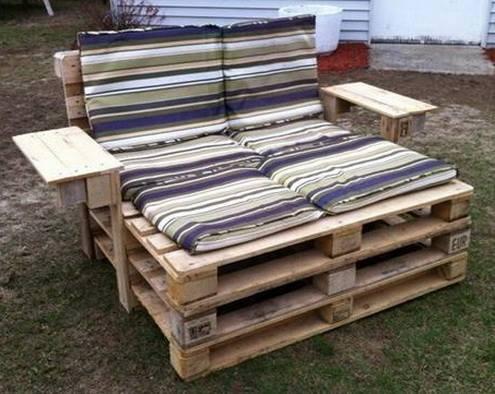 Quase sofá cama