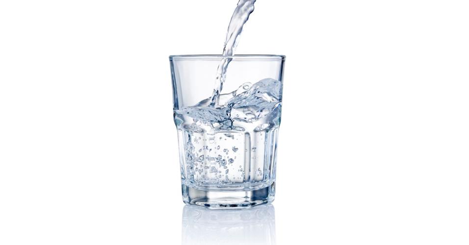 Tome muita água