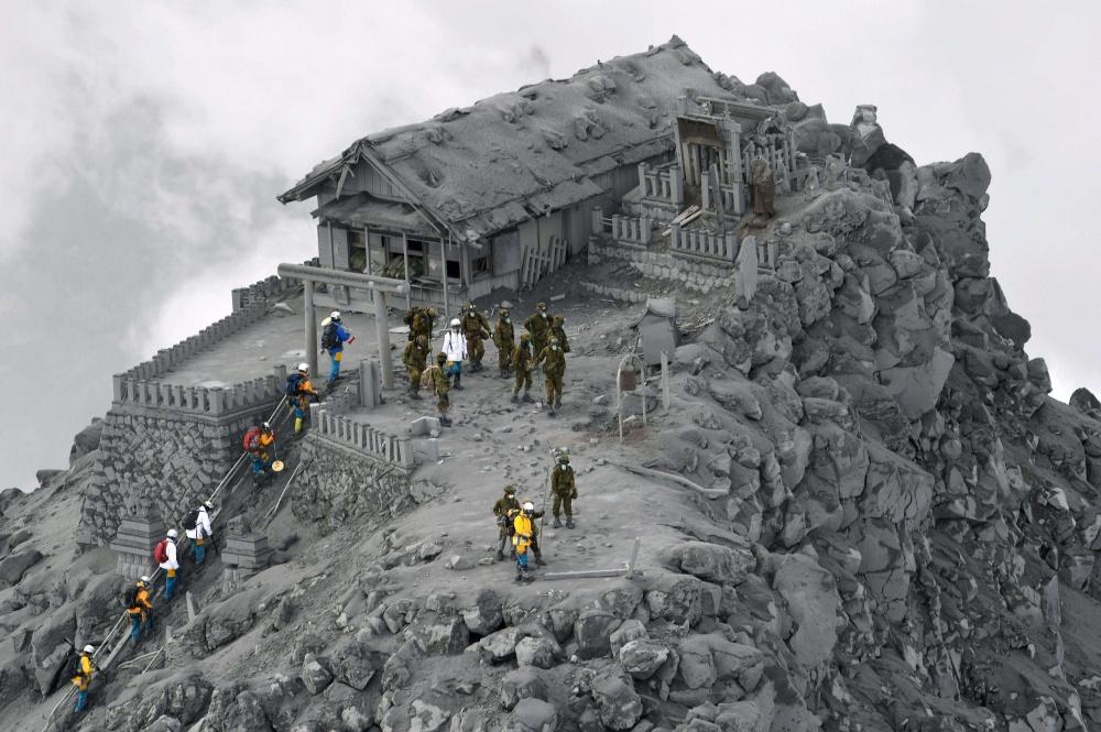 Esse templo foi coberto de cinzas de um vulcão.