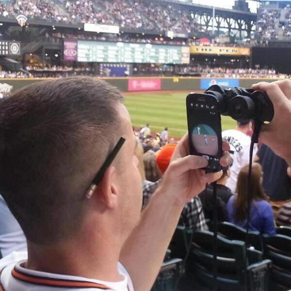 Dando um zoom na câmera do celular.