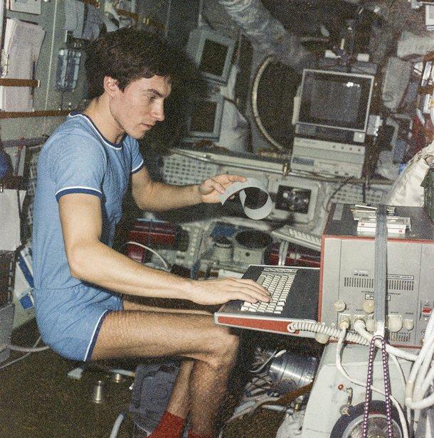 Krikalev na estação espacial